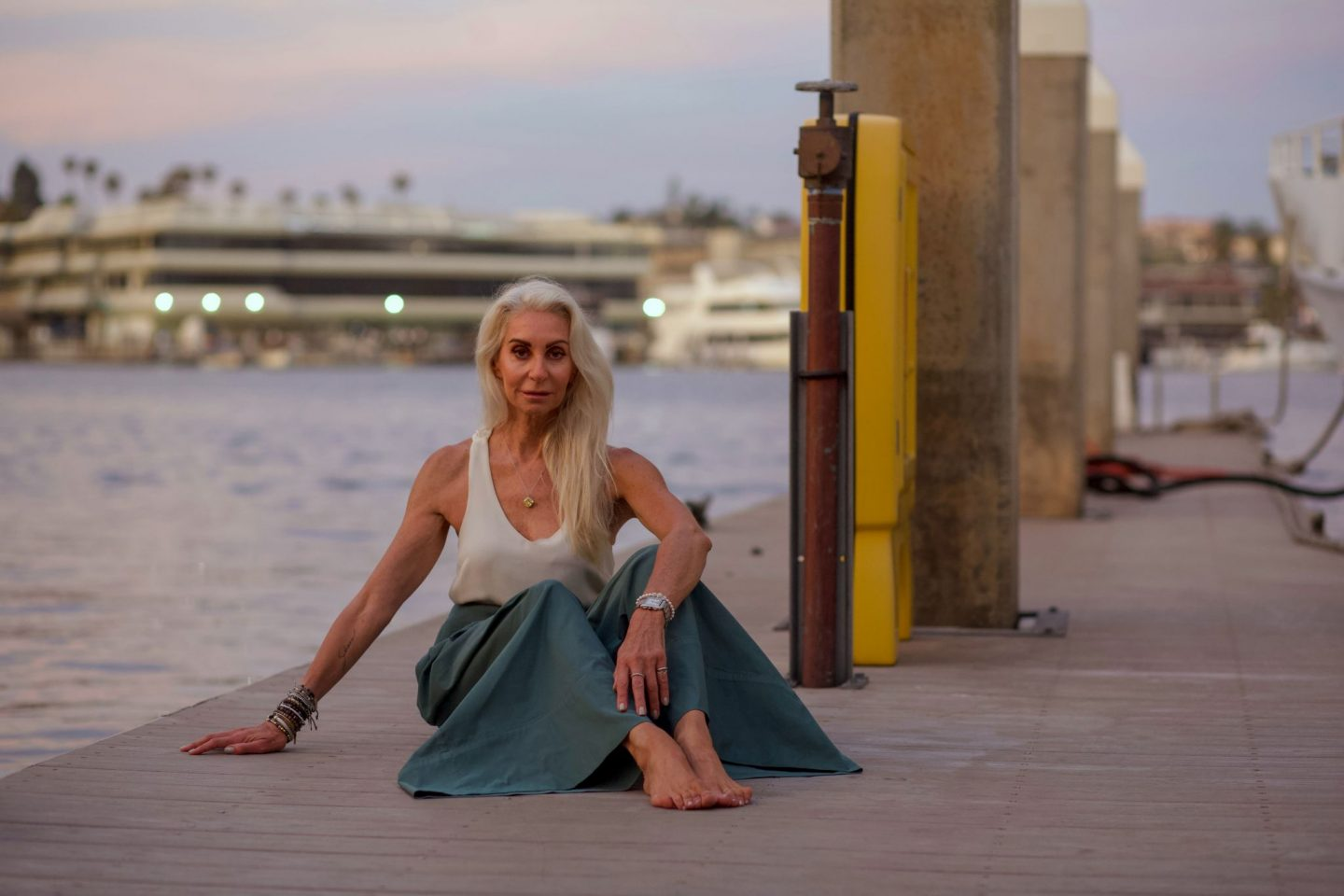 silver haired model by the pier in lido marina, Newport Beach California